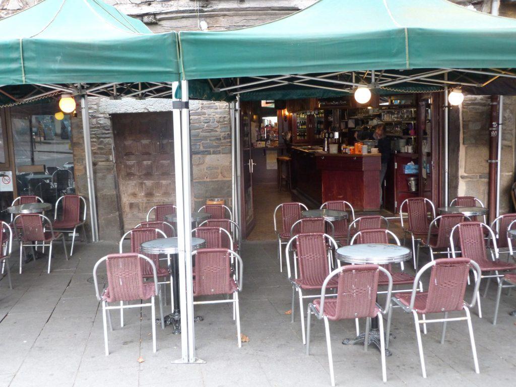 Le Petit Bar